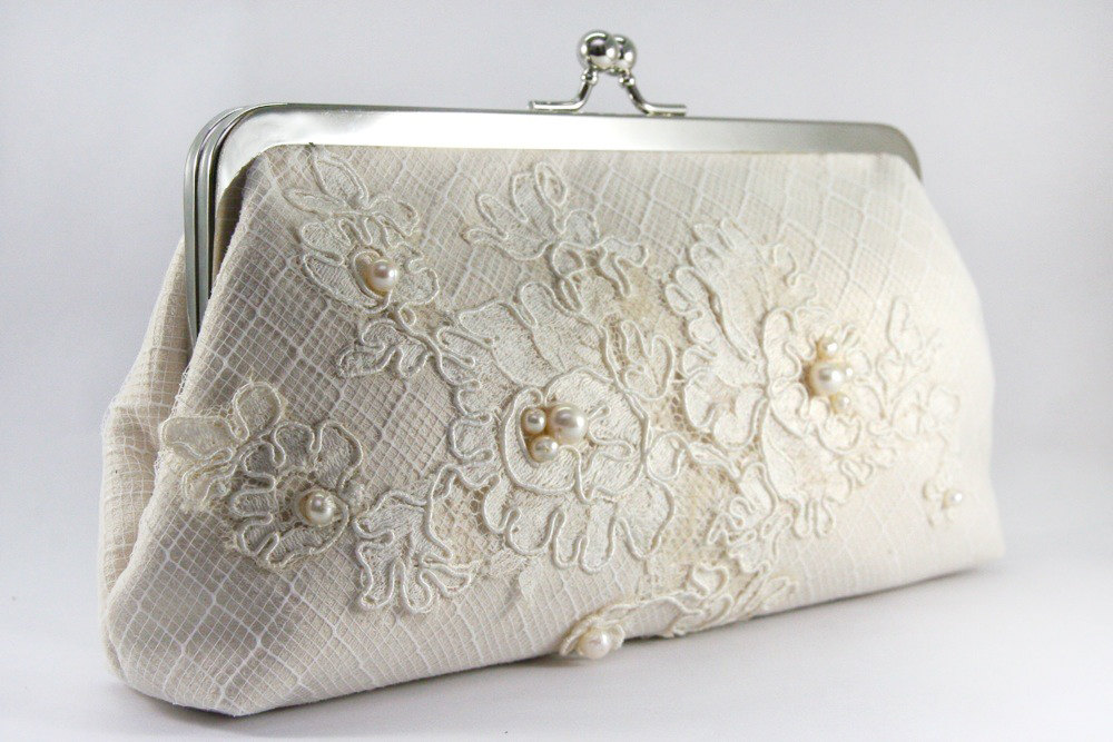 ANGEE W. Alencon Lace Bridal Clutch Bag