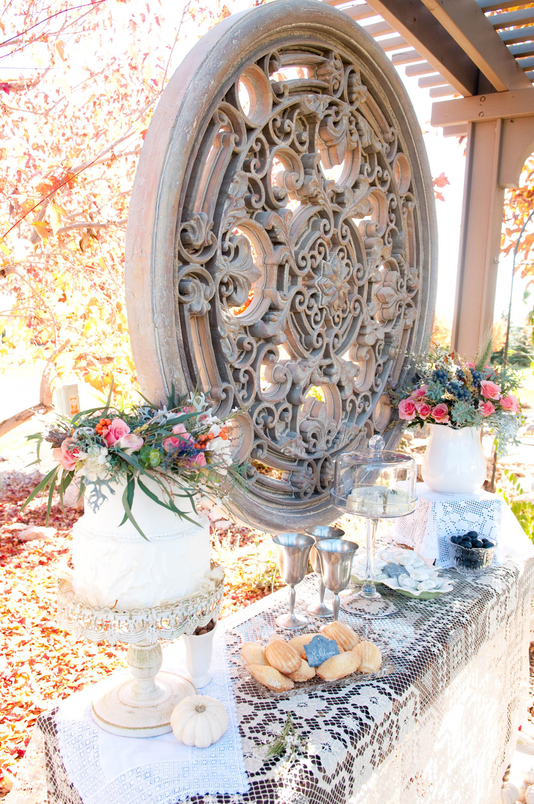 Bohemian Chic Wedding | Photo by Samantha Randall ANGEE W.